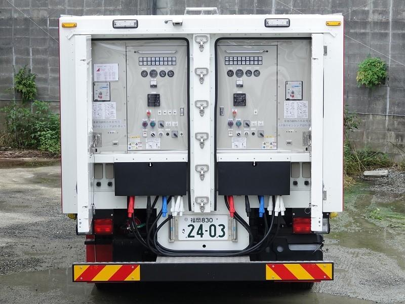 特殊防音無停電電源車(ツイン電源車)
